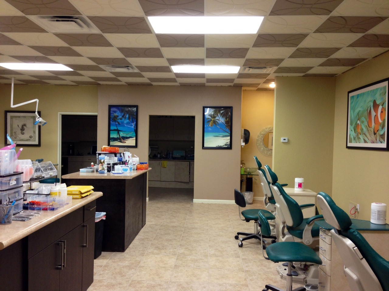 orthodontic_open-_bay_treating_room